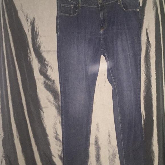 Old Navy Denim - 💙🖤Old Navy Rockstar Jeans Like New